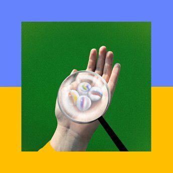copertina album Frankie Cosmos - Close It Queitly